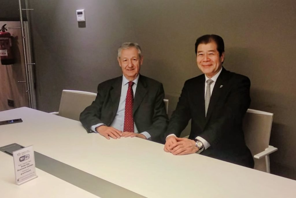 El día 2 de mayo por la mañana, con Sr. Jorge Lasheras, Presidente del CEJE (Círculo Empresarial Japón España).