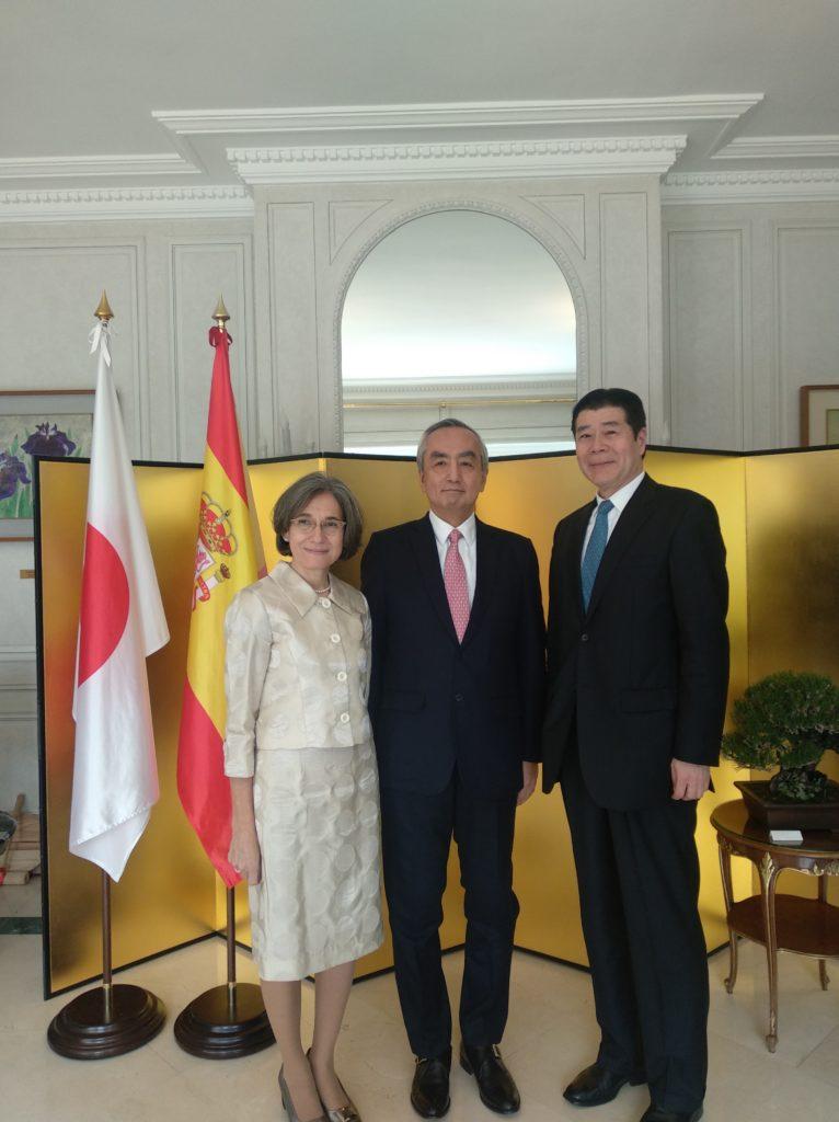 Nuestro Presidente, Mitsuo Tanikawa, con el Embajador del Japón en España Sr. D. Hiramatsu y su Señora
